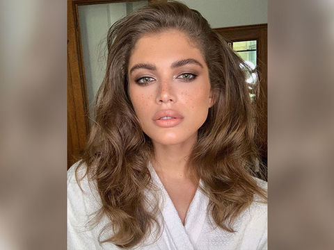 Valentina Sampaio Is the First Transgender Sports Illustrated Swimsuit Model