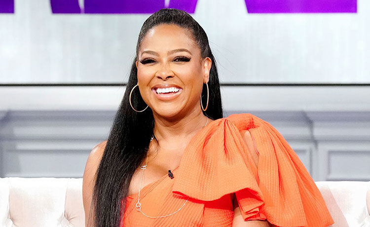 Kenya Moore Celebrates 25-Lb. Weight Gain!