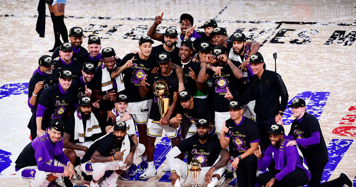 L.A. Lakers Honor Kobe Bryant After 2020 NBA Championship Win | TheReal.com