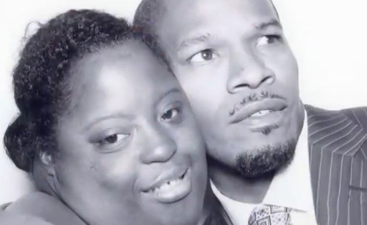 Jamie Foxx Mourns the Passing of His Younger Sister DeOndra Dixon