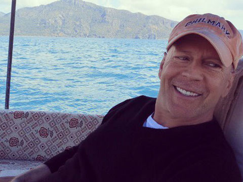 Bruce Willis Reportedly Kicked Out of Store for Not Wearing Face Mask
