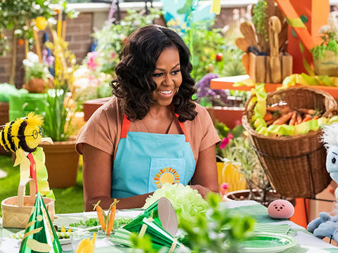 Michelle Obama to Star in Children's Cooking Show!
