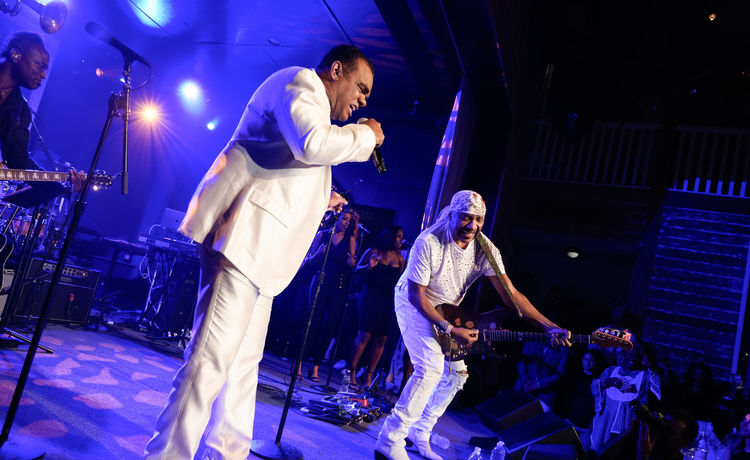 Social Media Reacts After Isley Brothers Include 2 R. Kelly Songs in Verzuz Battle
