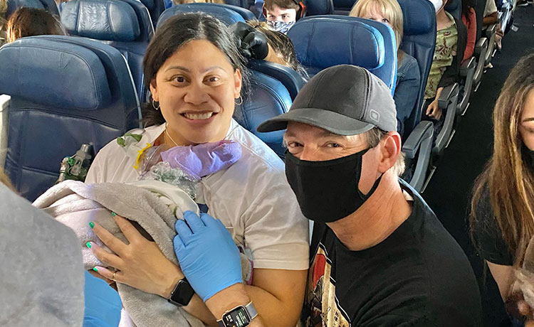 Woman Who Didn't Know She Was Pregnant Gives Birth on Flight!