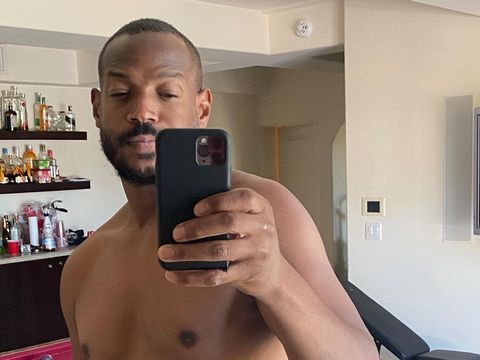 Marlon Wayans Shows Off His 'Dad Body' in Solidarity with Will Smith!