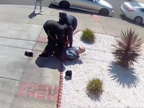 Teens Attack & Rob 80-Year-Old Asian Man in Broad Daylight